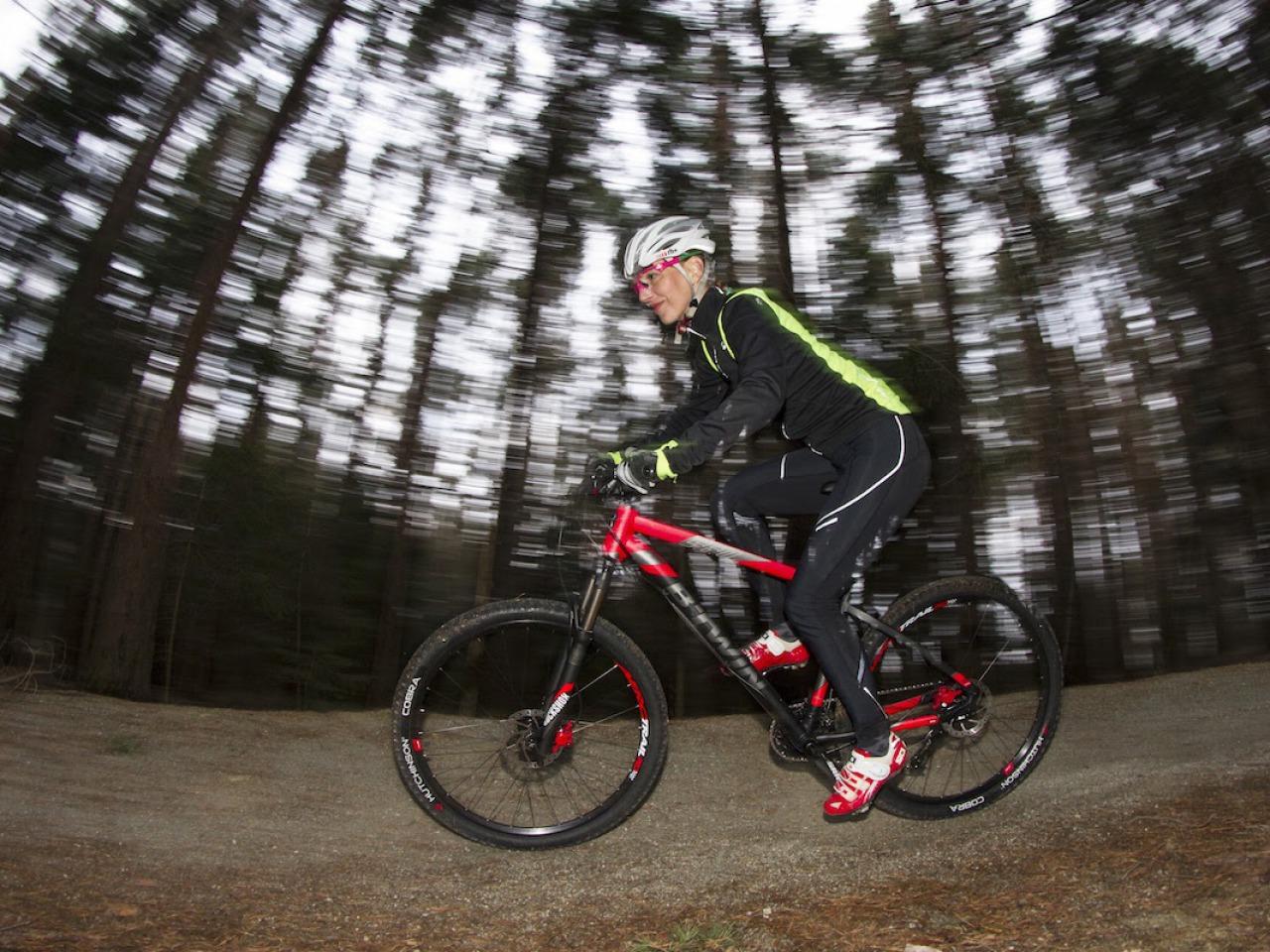 Test: B'Twin Rockrider 560 – prawdziwy rower górski