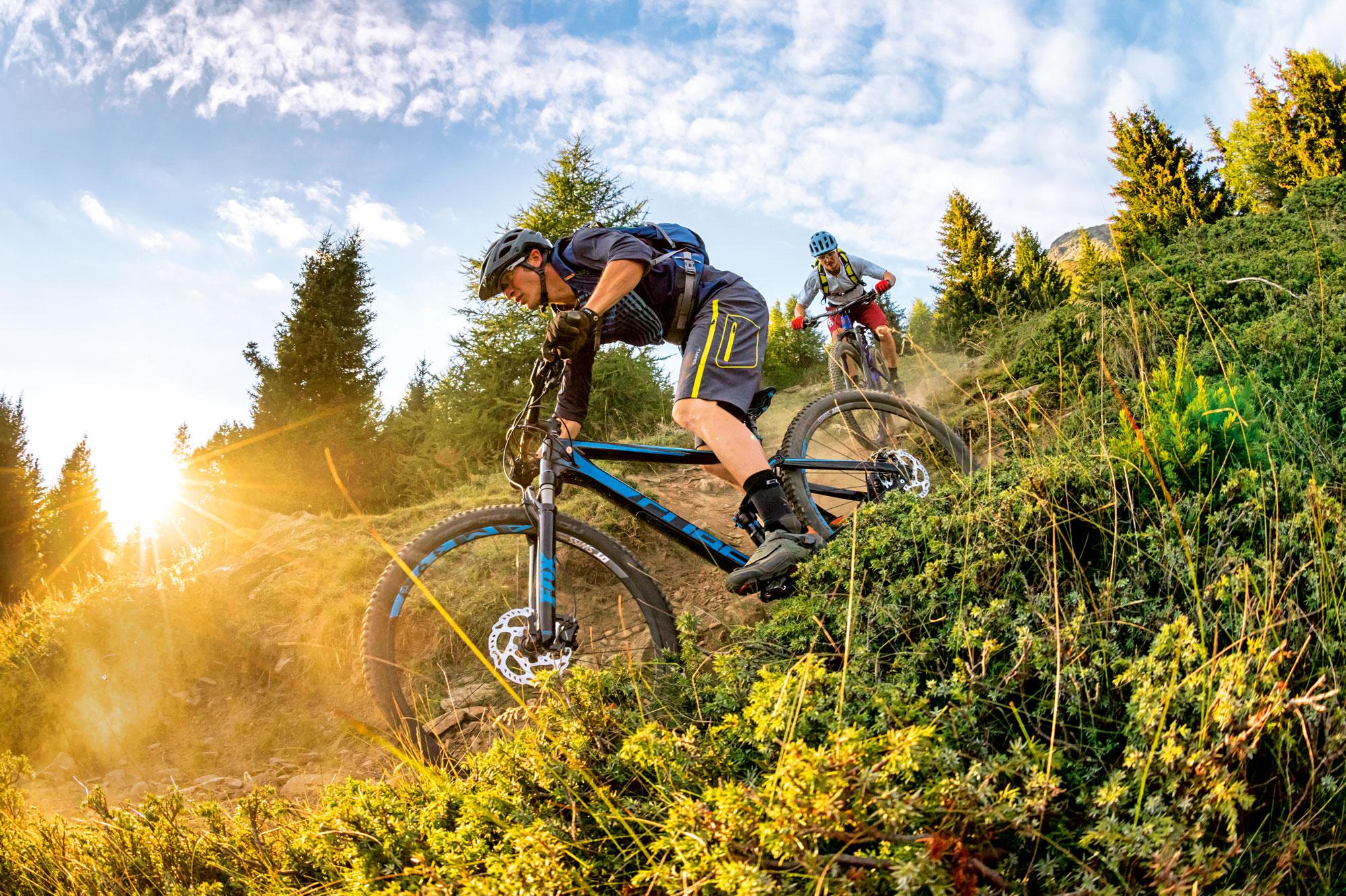 """All mountain w cenie ok. 12 tys. złotych, czyli """"rower do wszystkiego"""""""
