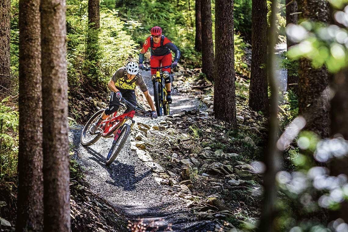 Ścieżkowce na ścieżkach, czyli trail bikes w teście
