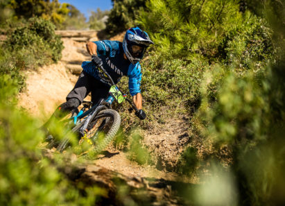 Nowy Canyon Strive