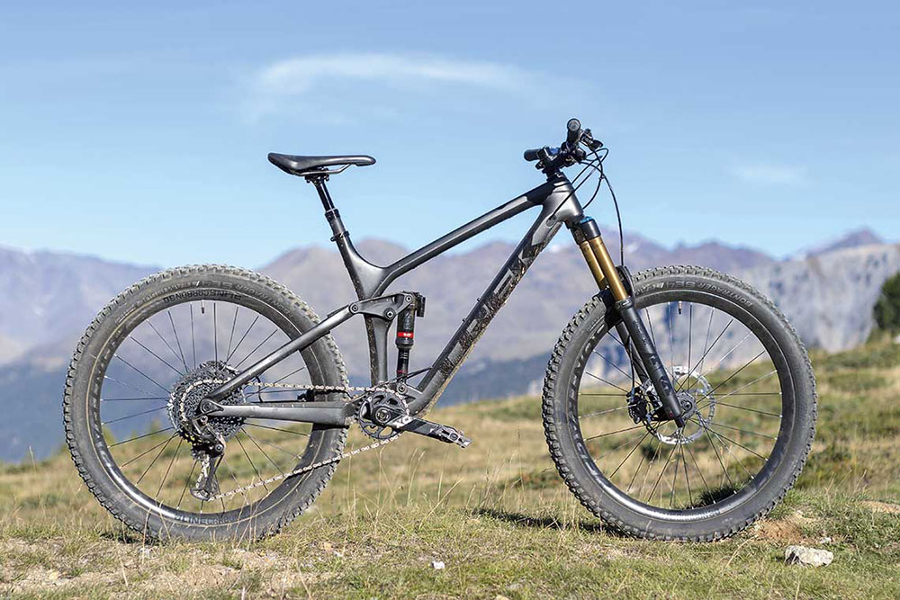 ENDURO HIGH-END: TREK REMEDY 9.9