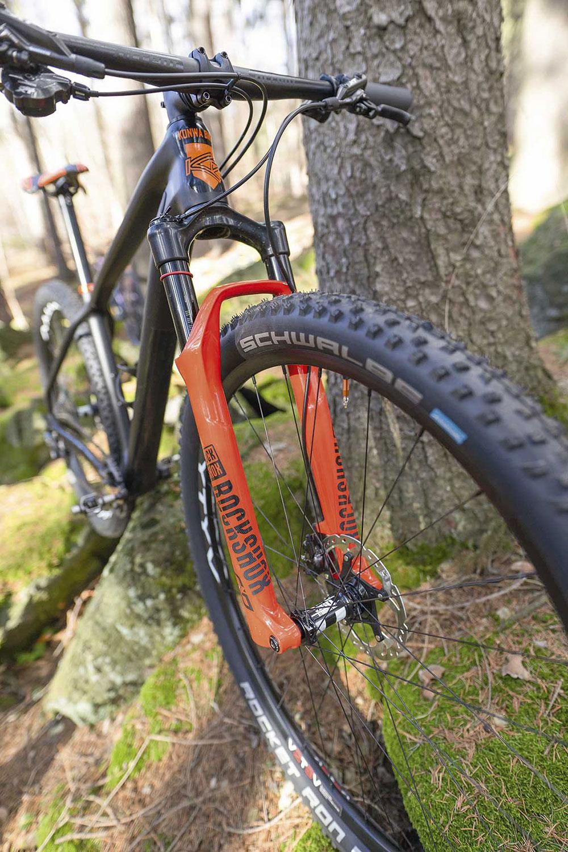 Hardtail do maratonu-Konwa Bike HT Boost